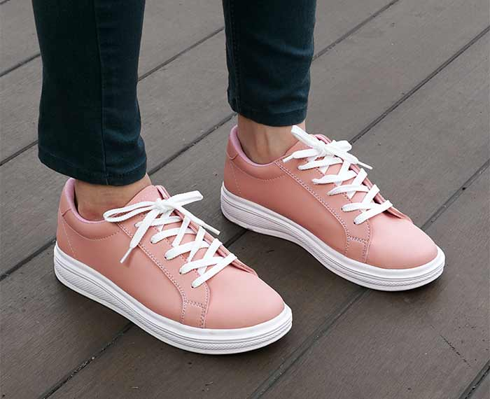 Basic sneakers wanita bagus merek Dane And Dine