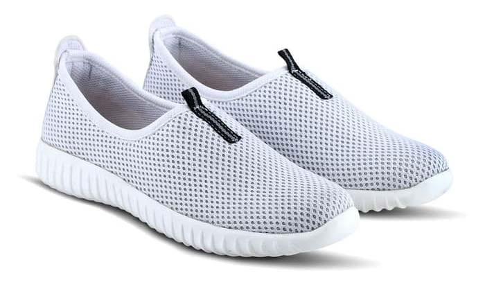 sneakers wanita bagus merk varka