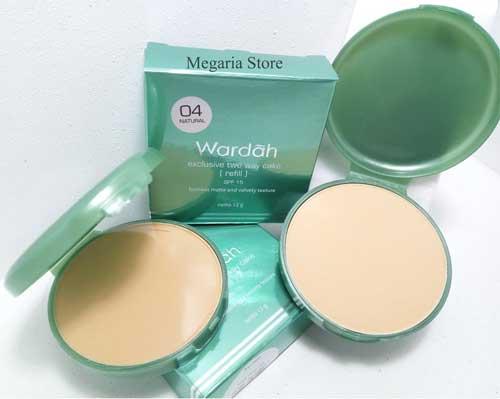 Bedak untuk kulit berminyak - Wardah Exclusive Two Way Cake