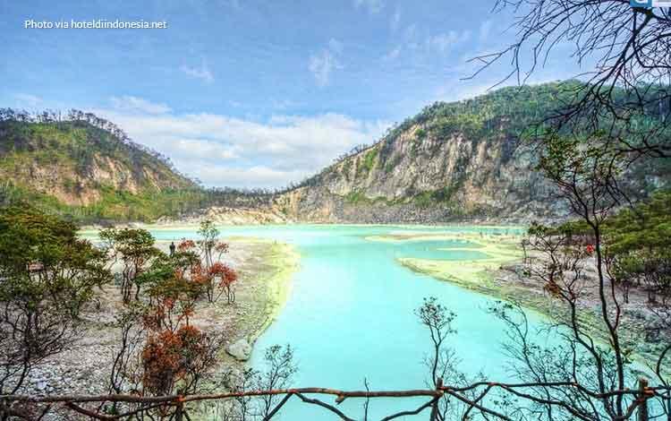 Kawah Putih Ciwidey - Tempat wisata favorit Bandung
