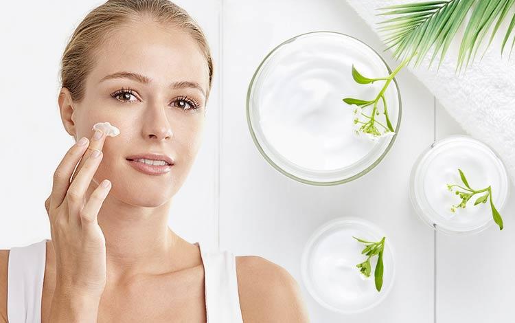 Rekomendasi 10 Merek Day Cream Yang Bagus Agar Kulitmu Makin Cantik