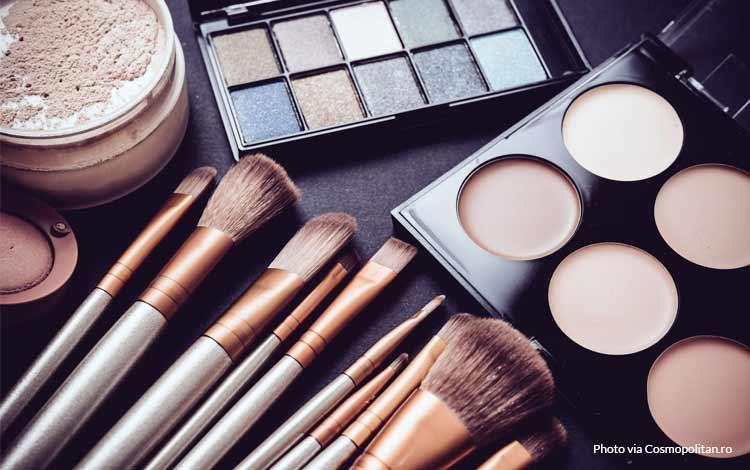 10 Merek Kosmetik Halal Dan Bagus Untuk Kamu Yang Ingin Tampil Cantik