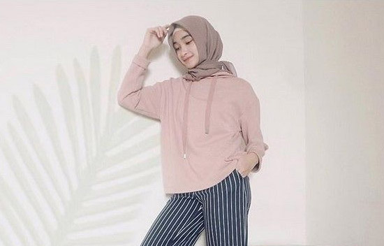 Style hijab simple anti ribet