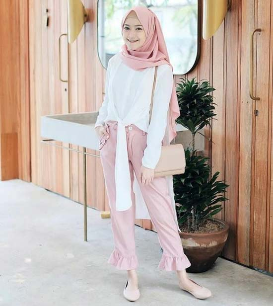 Tips: pilihlah hijab sesuai usia