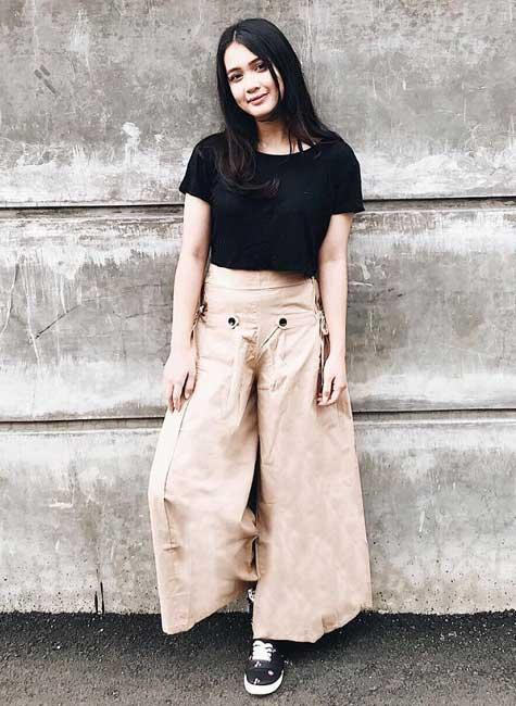 Artis Indonesia fashion style inspiratif - Dea Anisa