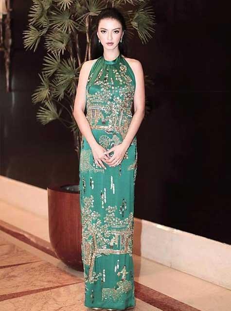 Artis Indonesia fashion style inspiratif - Raline Shah