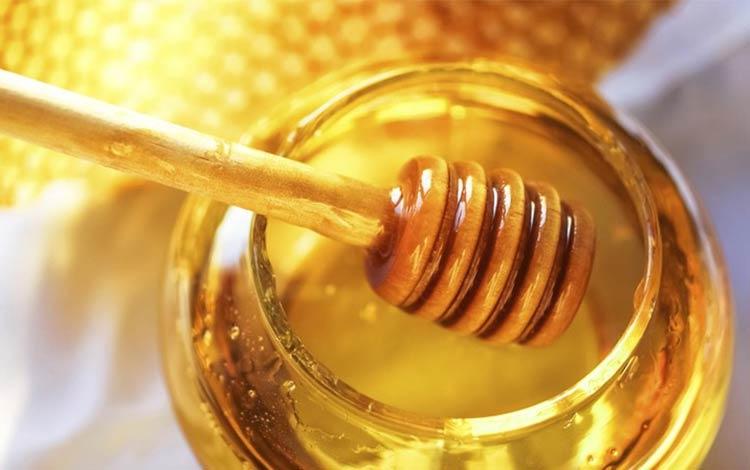 Cara alami dan aman menghilangkan Stretch Mark menggunakan madu