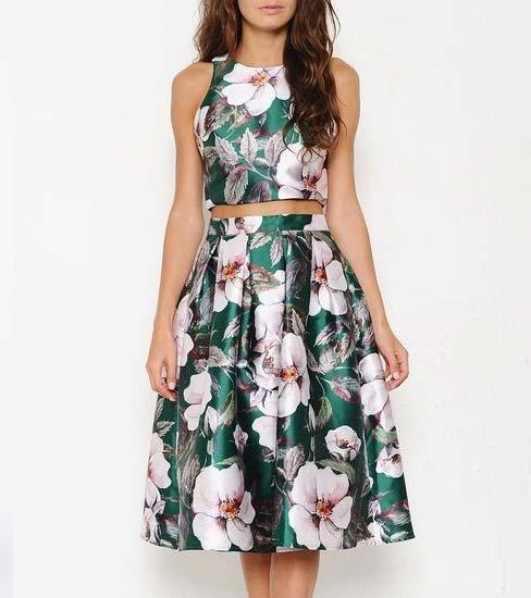 Tips fashion wanita kurus - Pilihlah motif pakaian yang ramai dan besar
