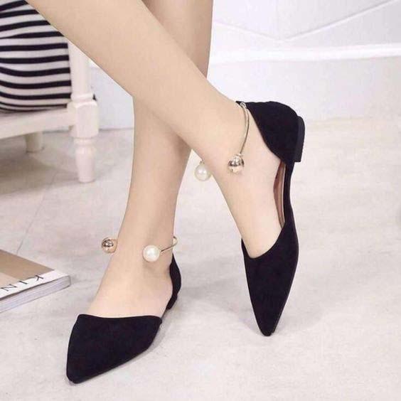 Tips fashion wanita kurus - Jangan gunakan heels