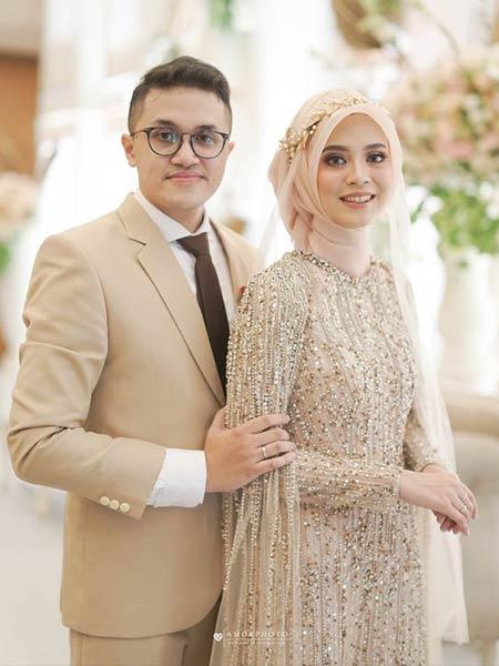 Baju pengantin muslimah dengan dress berornamen warna pastel