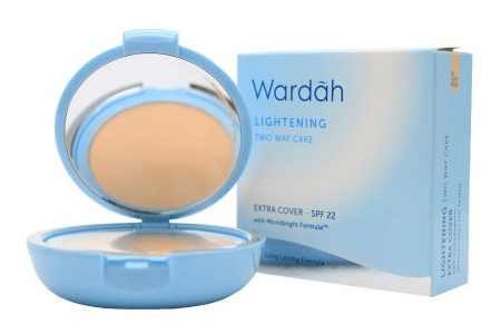 Bedak Wardah Lightening Two Way Cake Extra Cover