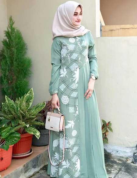 Gamis modern warna hijau turqoise untuk tampil simple dan fresh