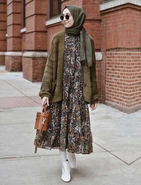 OOTD hijab dengan floral dress dan tunic outer
