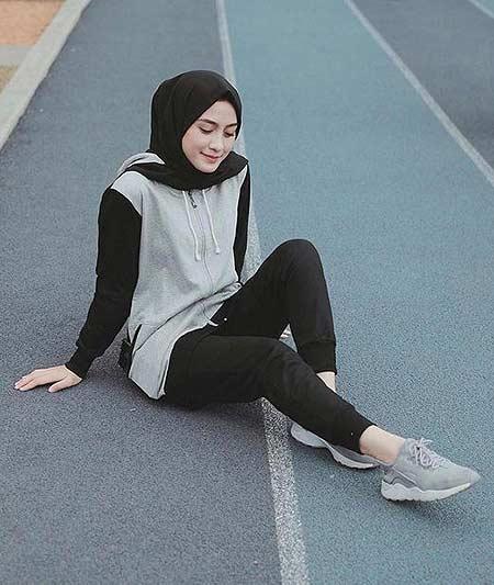 Inspirasi Outfit Olahraga Untuk Para Hijaber Hai Gadis