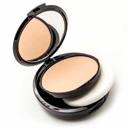Alat make up untuk pemula - Bedak