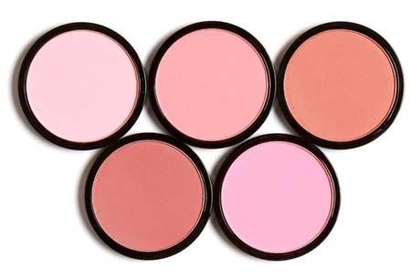 Alat make up untuk pemula - Blush on