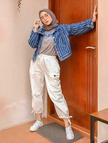 ootd hijab mix dengan jaketjeansmotifstripes