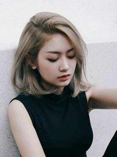 Gaya Rambut Ala Korea - Layer Bob Ash Blonde