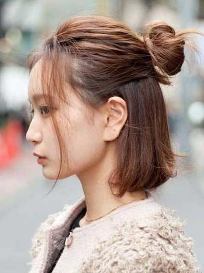Gaya Rambut Ala Korea - Messy Hair Bun
