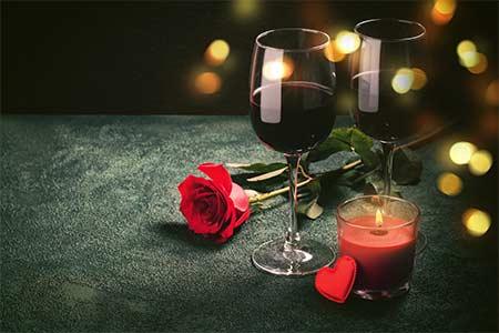 Hadiah valentine makan malam-romantis