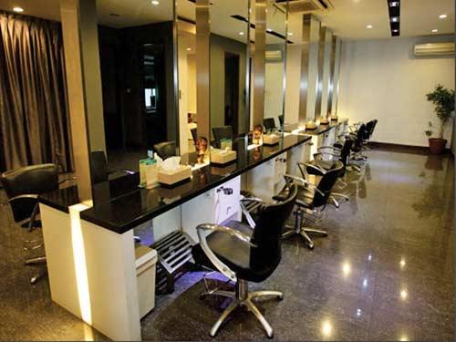Roger's Salon Bandung