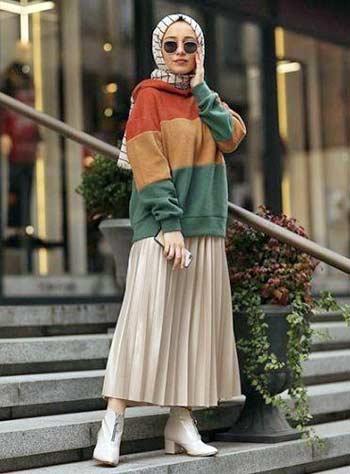 Style hijab casual dengan rok