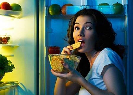 Kesalahan saat diet yaitu terlalu over saat melakukan cheating day