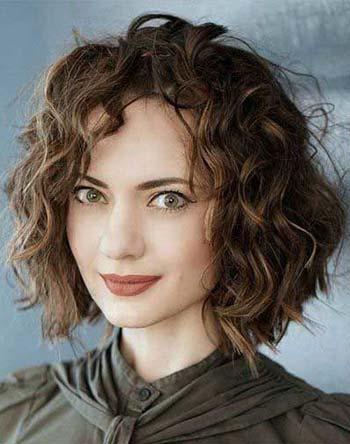 model potongan rambut bob ikal