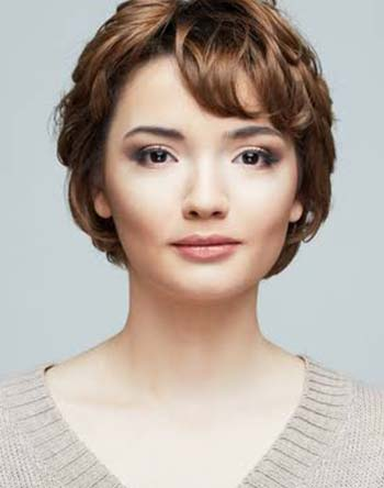 model potongan rambut wanita short pixie cut