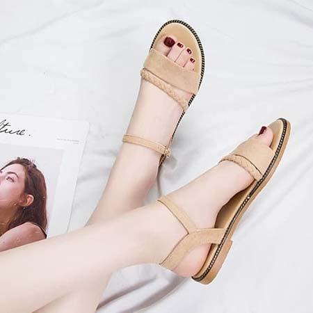 Sandal selop kepang dengan ankle strap