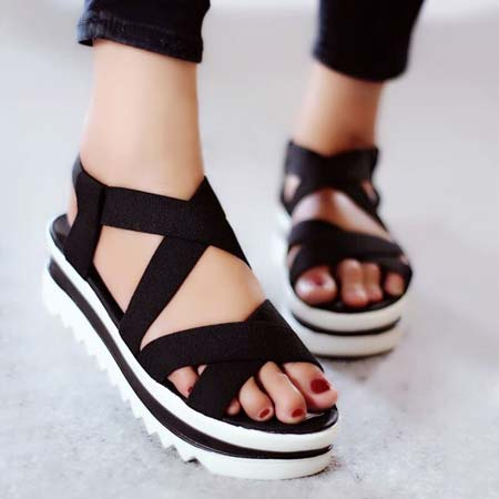 Sandal wedges karet