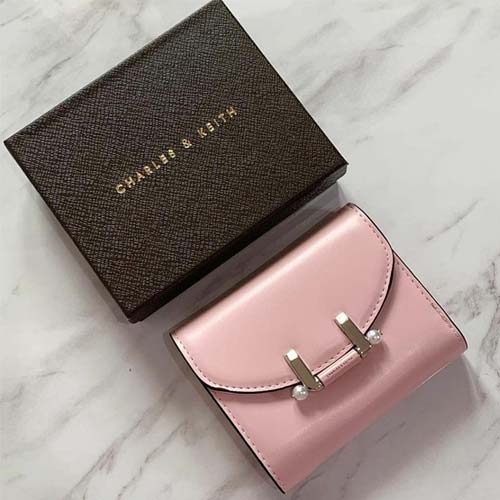 Dompet wanita terbaru