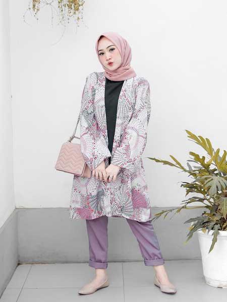 Outer batik hijab