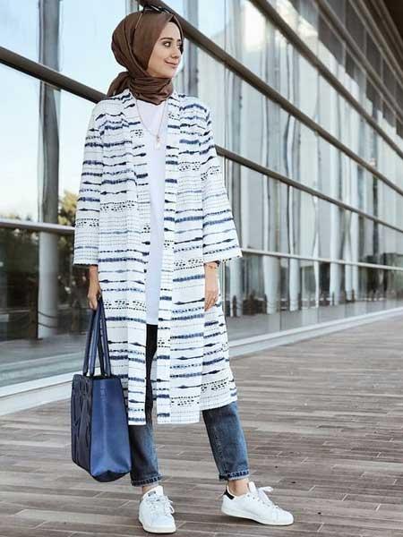 """Panjang luar hijab """"width ="""" 450 """"height ="""" 600"""