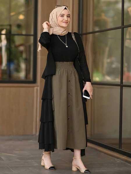 "Ruffle hijab luar berlapis ""width ="" 450 ""height ="" 600"