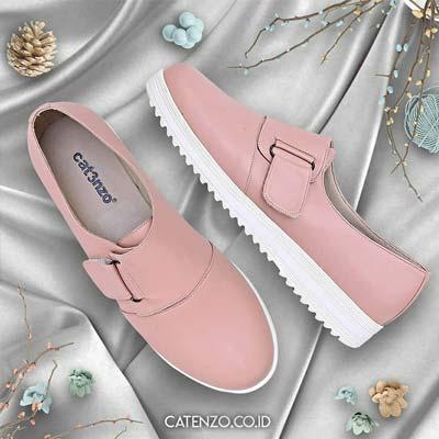 Sepatu loafers wanita