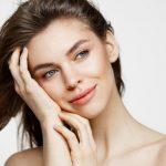 15 Rekomendasi Skincare Untuk Kulit Berminyak dan Berkomedo