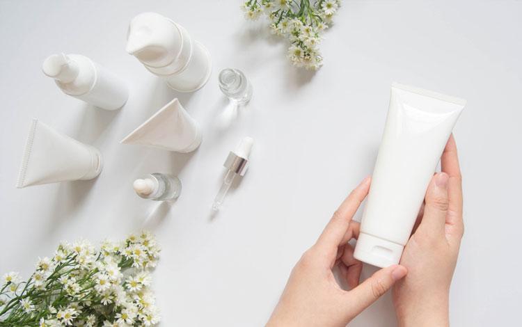 15 Rekomendasi Produk Skincare Untuk Kulit Kombinasi