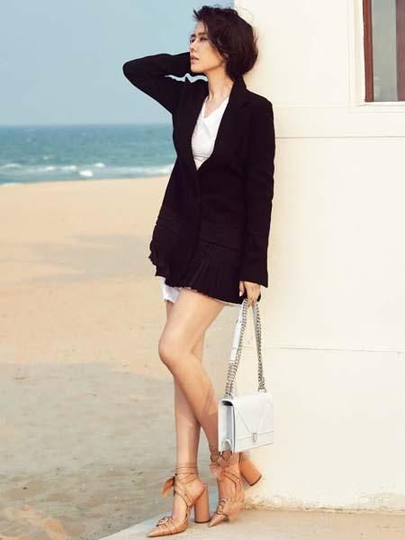 Fashion style ala Son Ye Jin