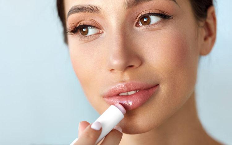 Rekomendasi Lip Serum Terbaik Untuk Bibir Lebih Sehat, Cerah dan Lembut