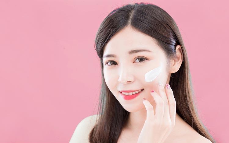 15 Rekomendasi Sunscreen Untuk Kulit Sensitif