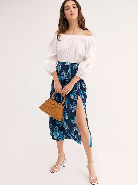 Model rok wanita terbaru