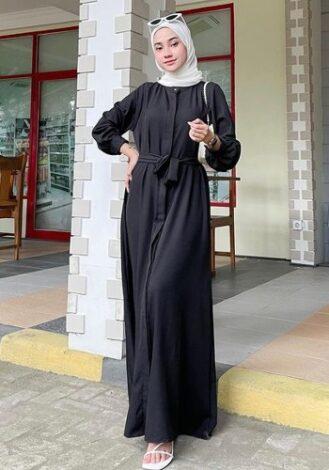 OOTD dress hitam hijab